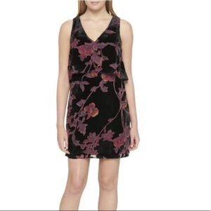 NWTJessica Simpson Velvet Floral Popover Dress